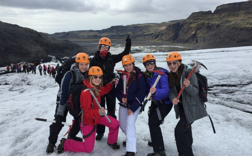 Girls Easter adventure in Iceland