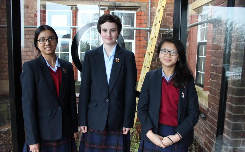 Queen's victorious in UK Mathematical Trust competition