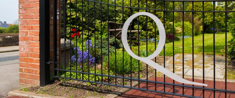 Q on SS gates