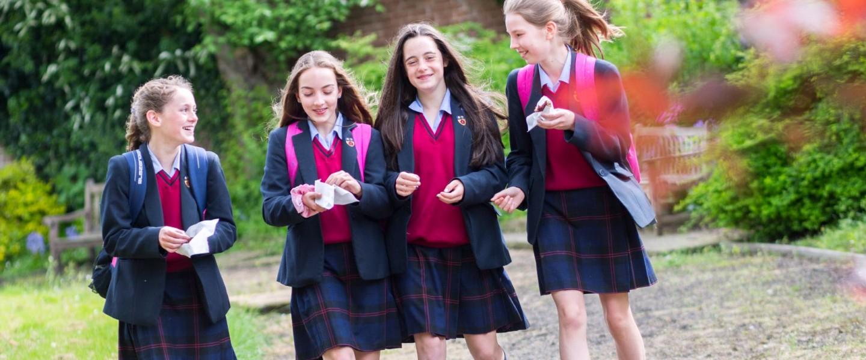 4 girls walking